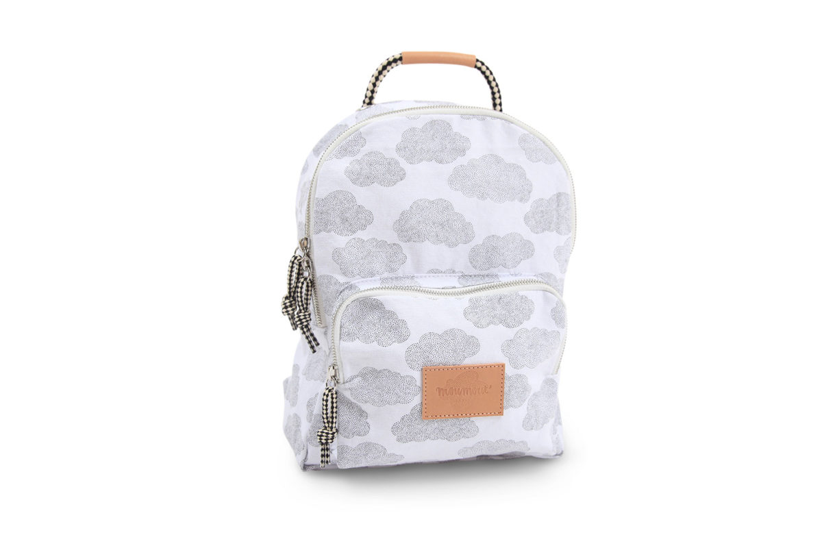backpack-s-nuages